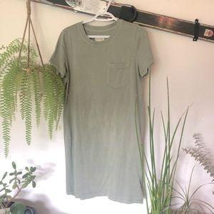 NWOT Thread & Supply t-shirt dress in Sage